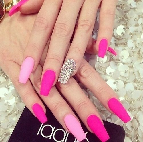 Hot Pink Nails With Rhinestones Pink Nails Pink Gel Nails Rhinestone Nails