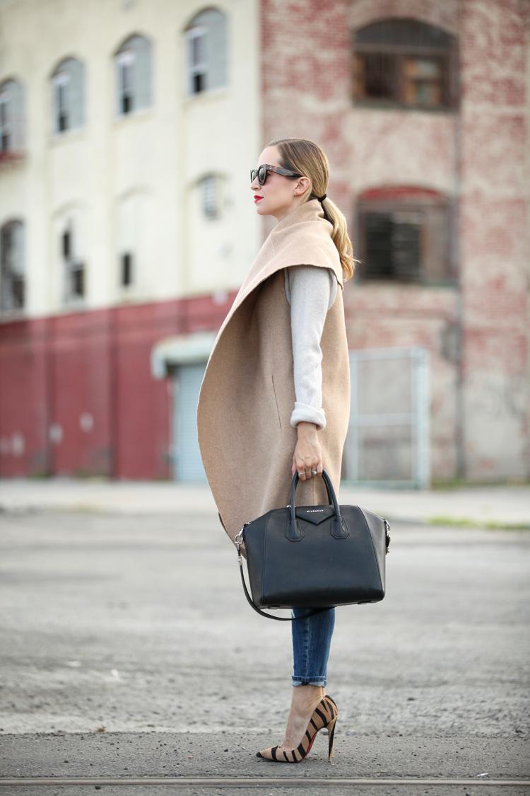 mooie vorm van de jas!