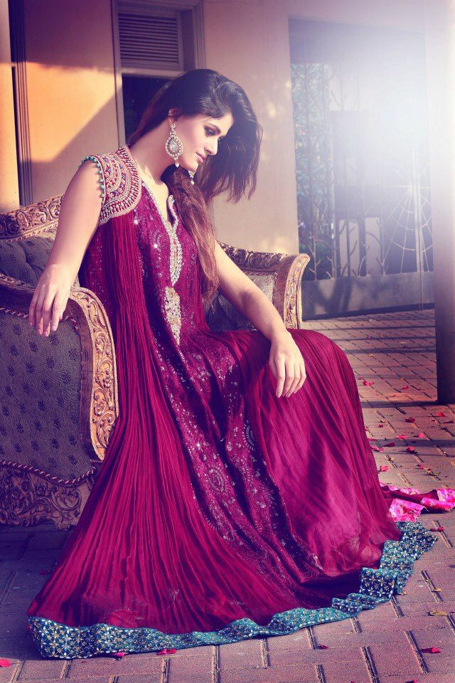 Pin de mehjabeen zafar en party dresses | Pinterest