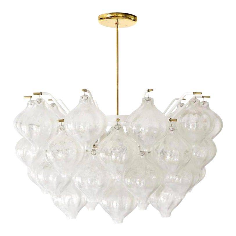 Venetian Tulipan Glass Chandelier In 2020 Chandelier Pendant Lights Pendant Light Different Light Bulbs