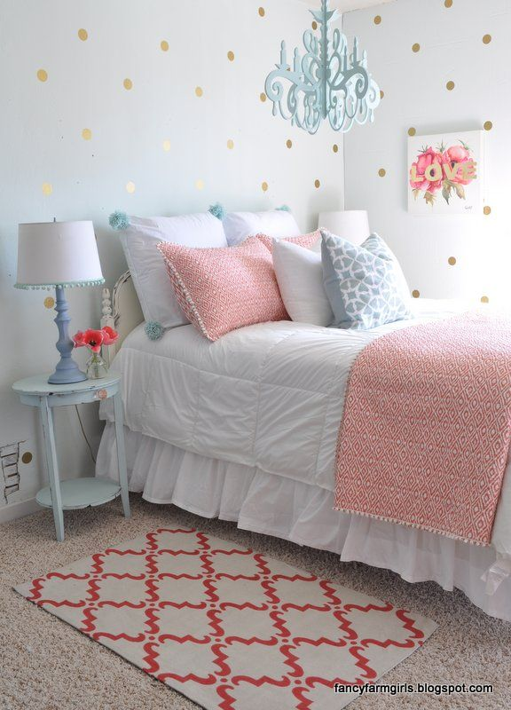 Second Hand Farmhouse Bedroom Makeover Kid's room
