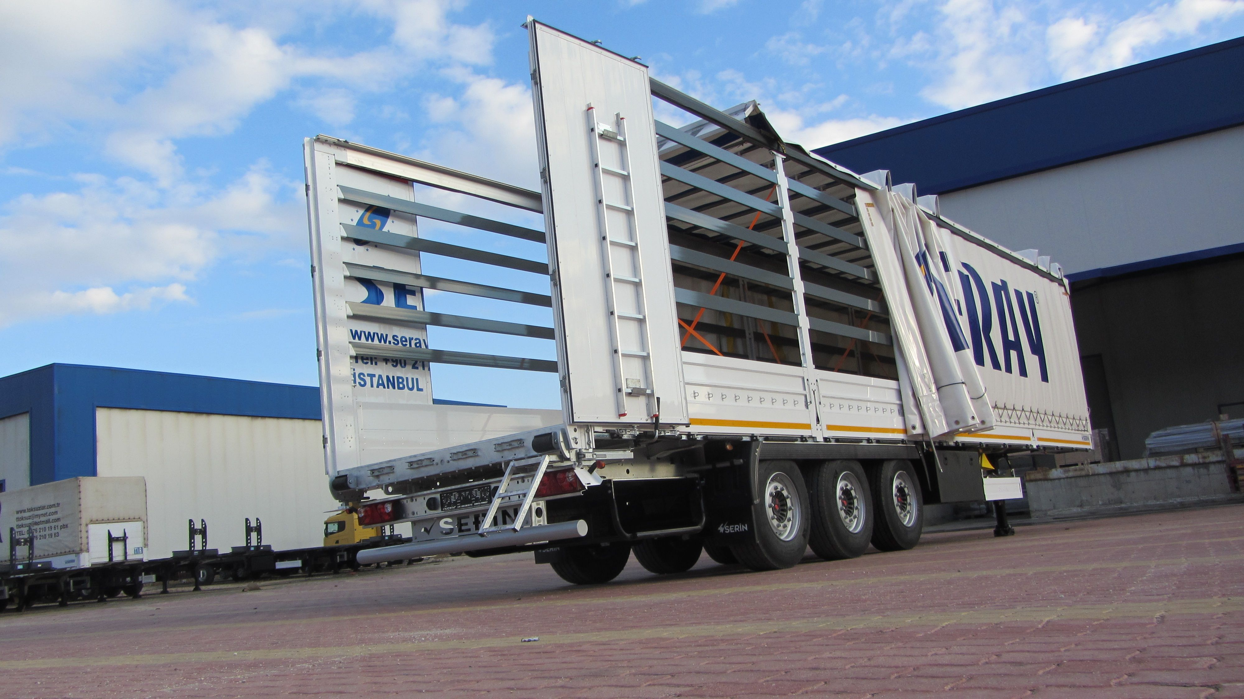 Curtain Side Semi Trailer Side And Roof Open