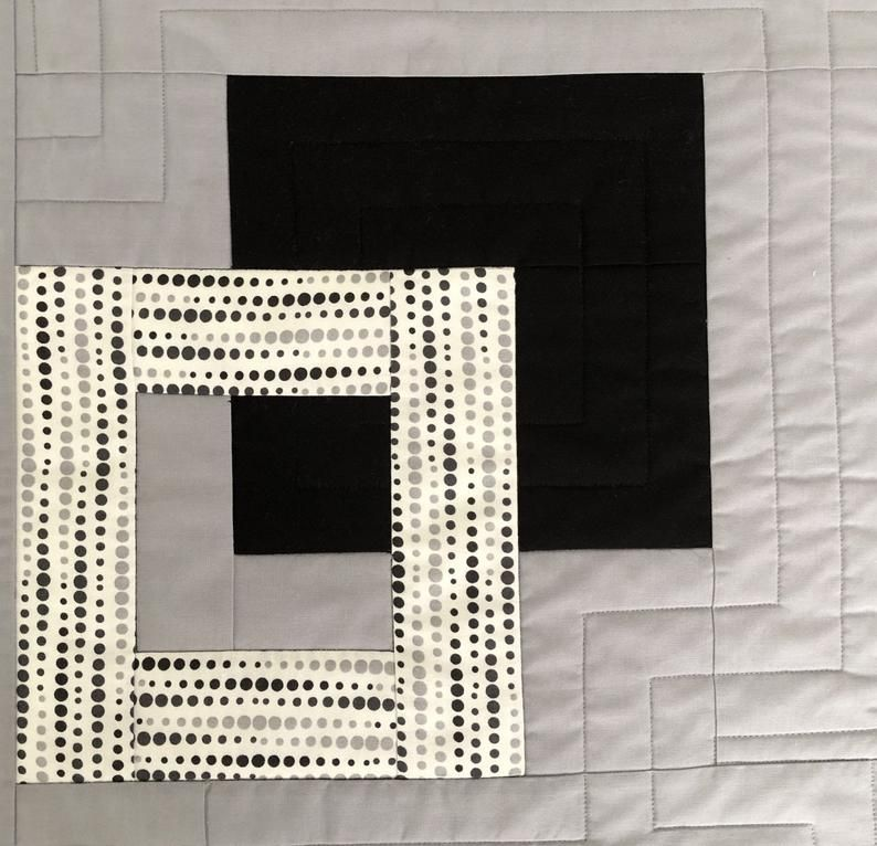 Modern Quilted Table Runner Black White And Grey Wallhanging Etsy Quilted Table Runner Modern Table Decor Quilted Table Runners Christmas