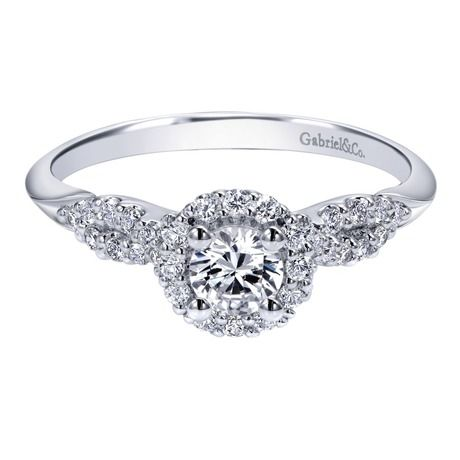 This ring is super pretty!