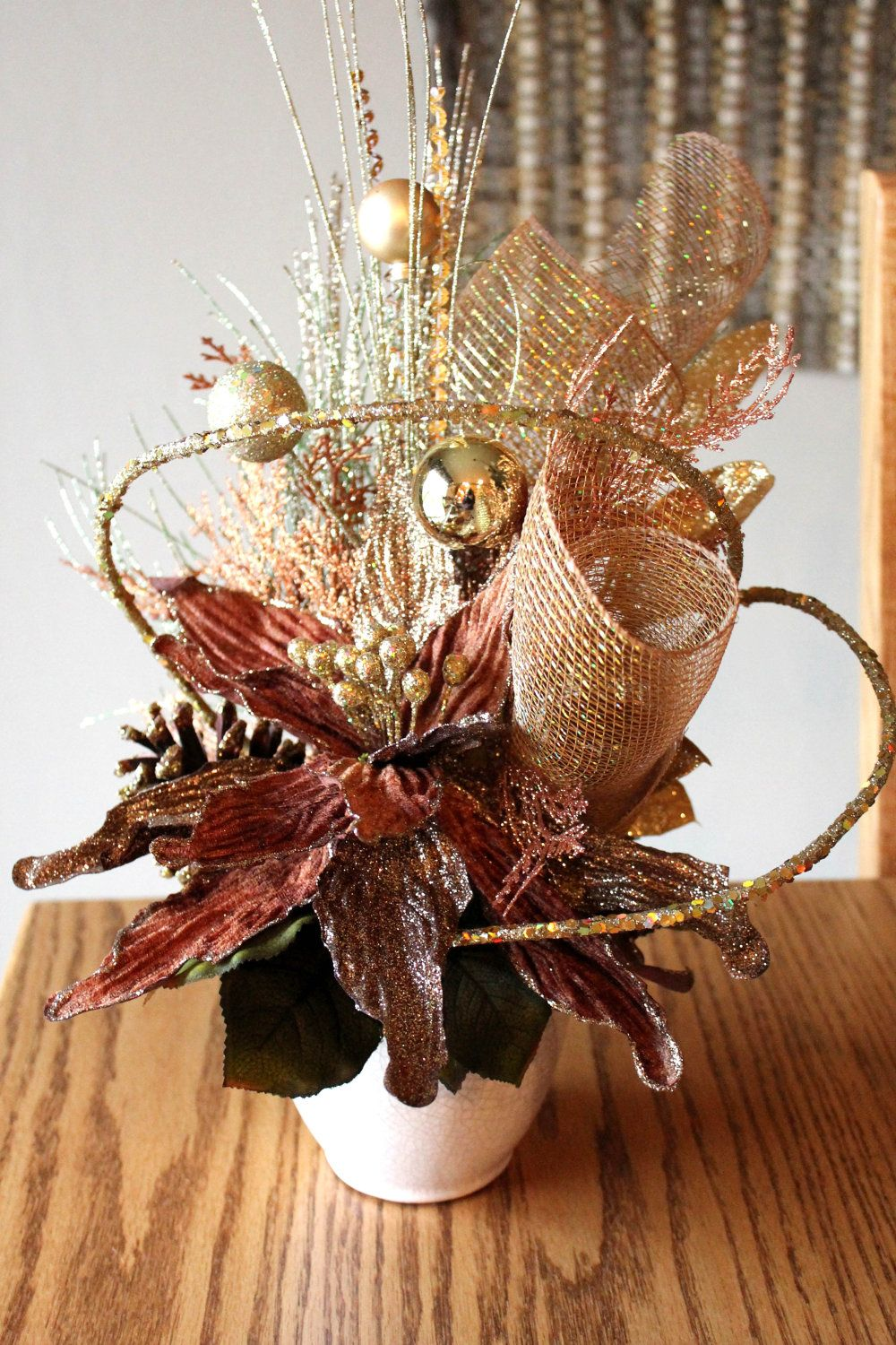 Christmas Centerpiece Design : Christmas centerpiece glittery gold bronze