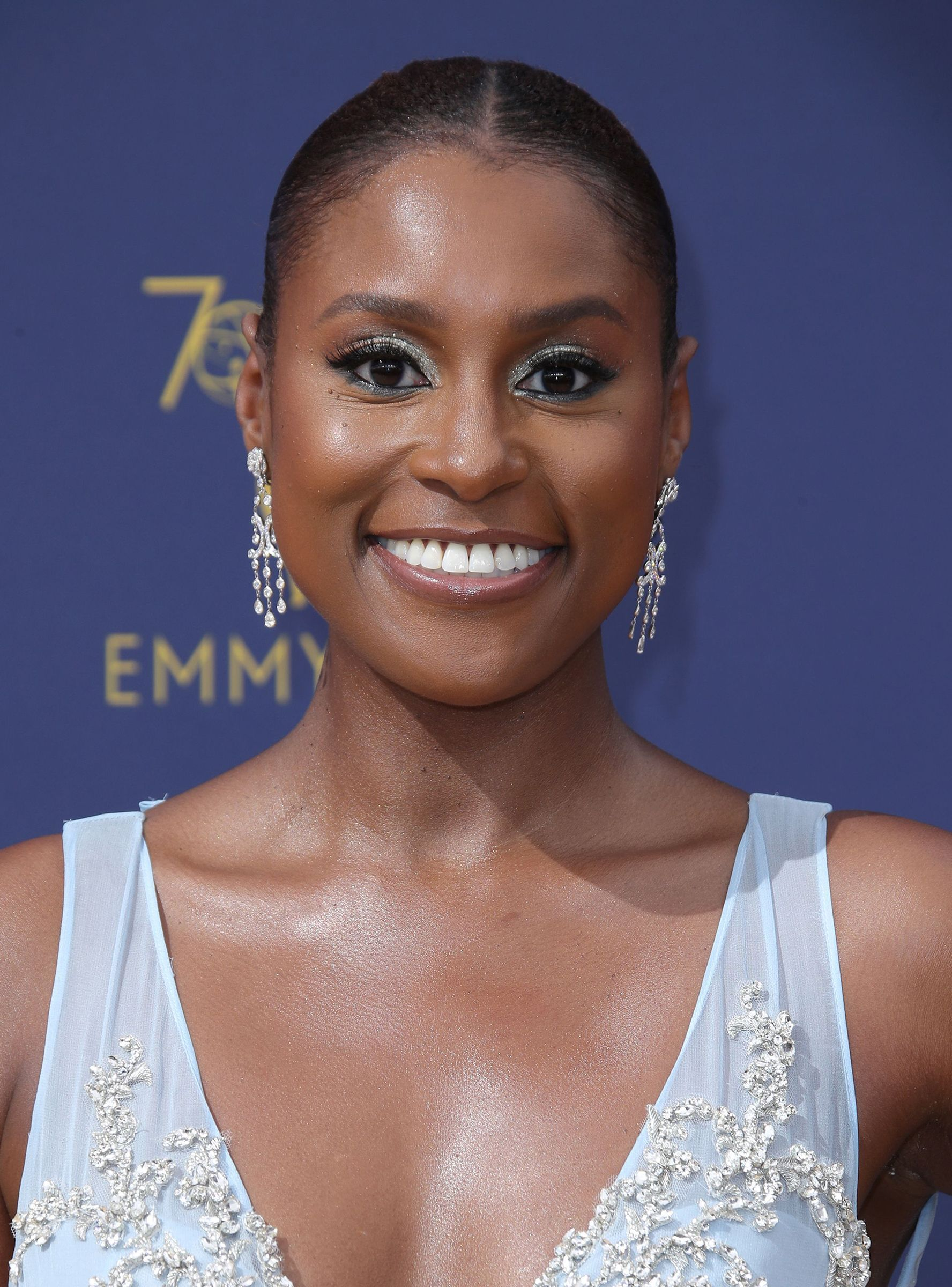 Issa Rae's Emmys Makeup Cost Less Than 50 — & We Have All