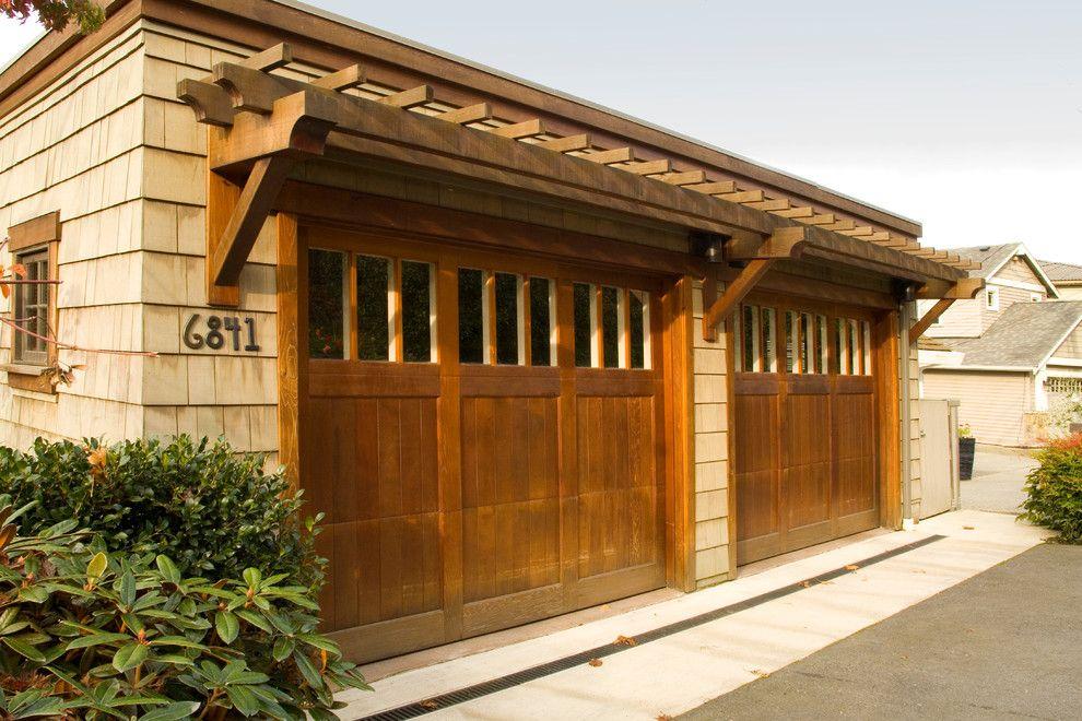 Craftsman Style Garage Doors In Garage Craftsman With Garage Door Asian Garage Doors Garage Door Styles Garage Door Design