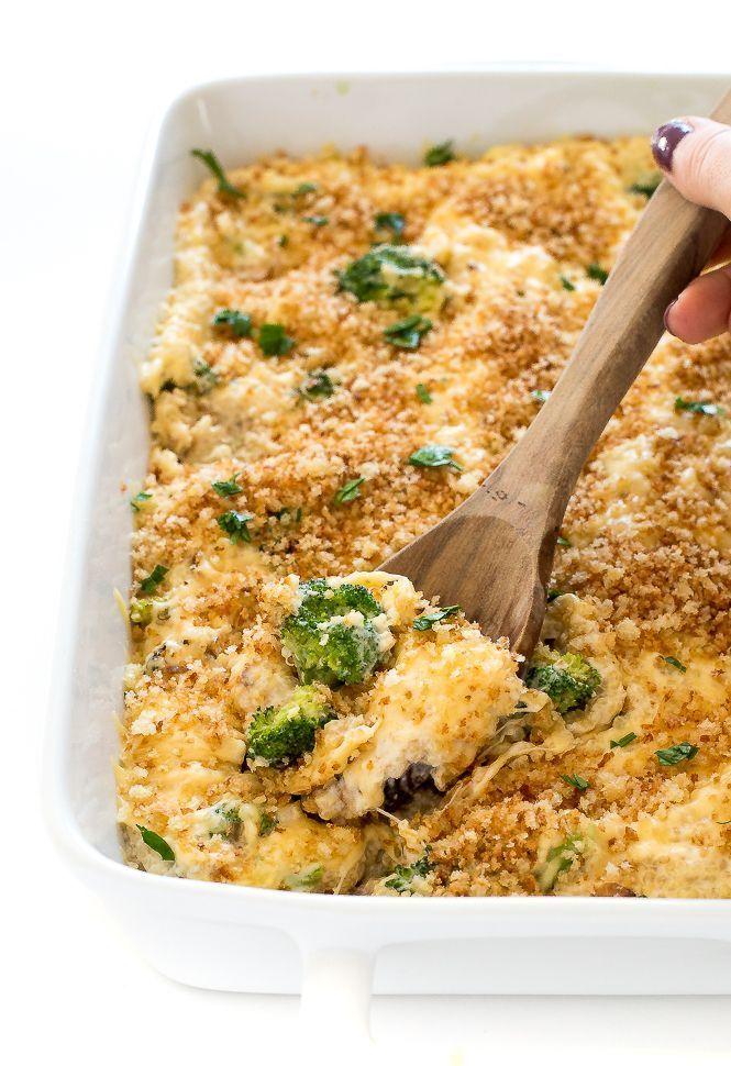 Cheesy Broccoli Quinoa Bake. A healthier version of the Broccoli Rice Casserole we all love! |