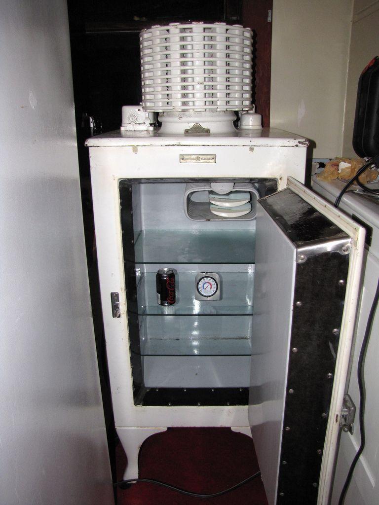 Uncategorized 1930s Kitchen Appliances built to last ge antique refrigerator 1920 1930s appliances 1930s