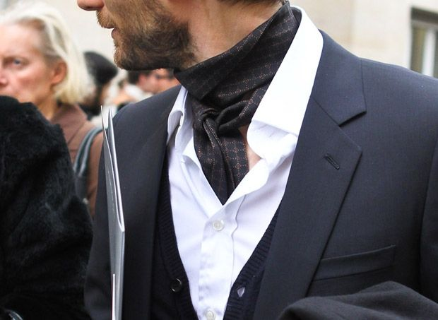 effortless mens cravat   Guys clothing styles, Mens fashion classic, Mens  cravats