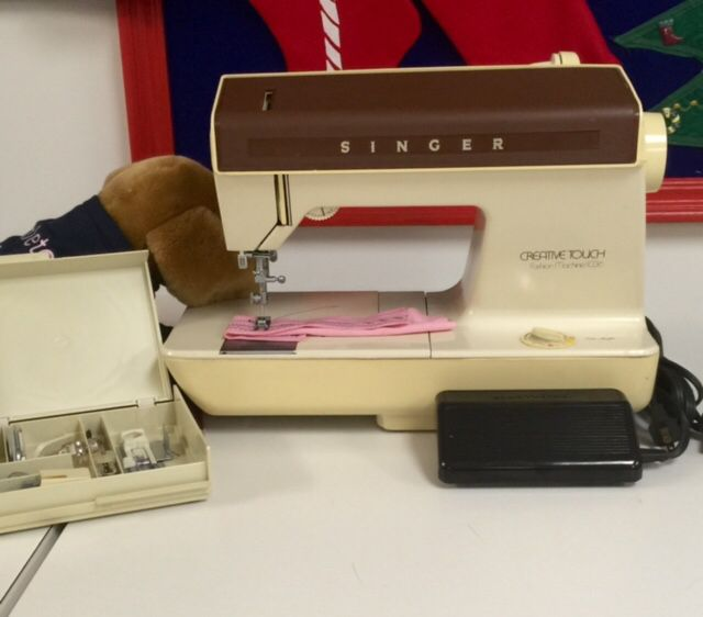 Classic Refurbished Singer Sewing Machine Made In USA Includes A Extraordinary Singer Sewing Machine Service Center