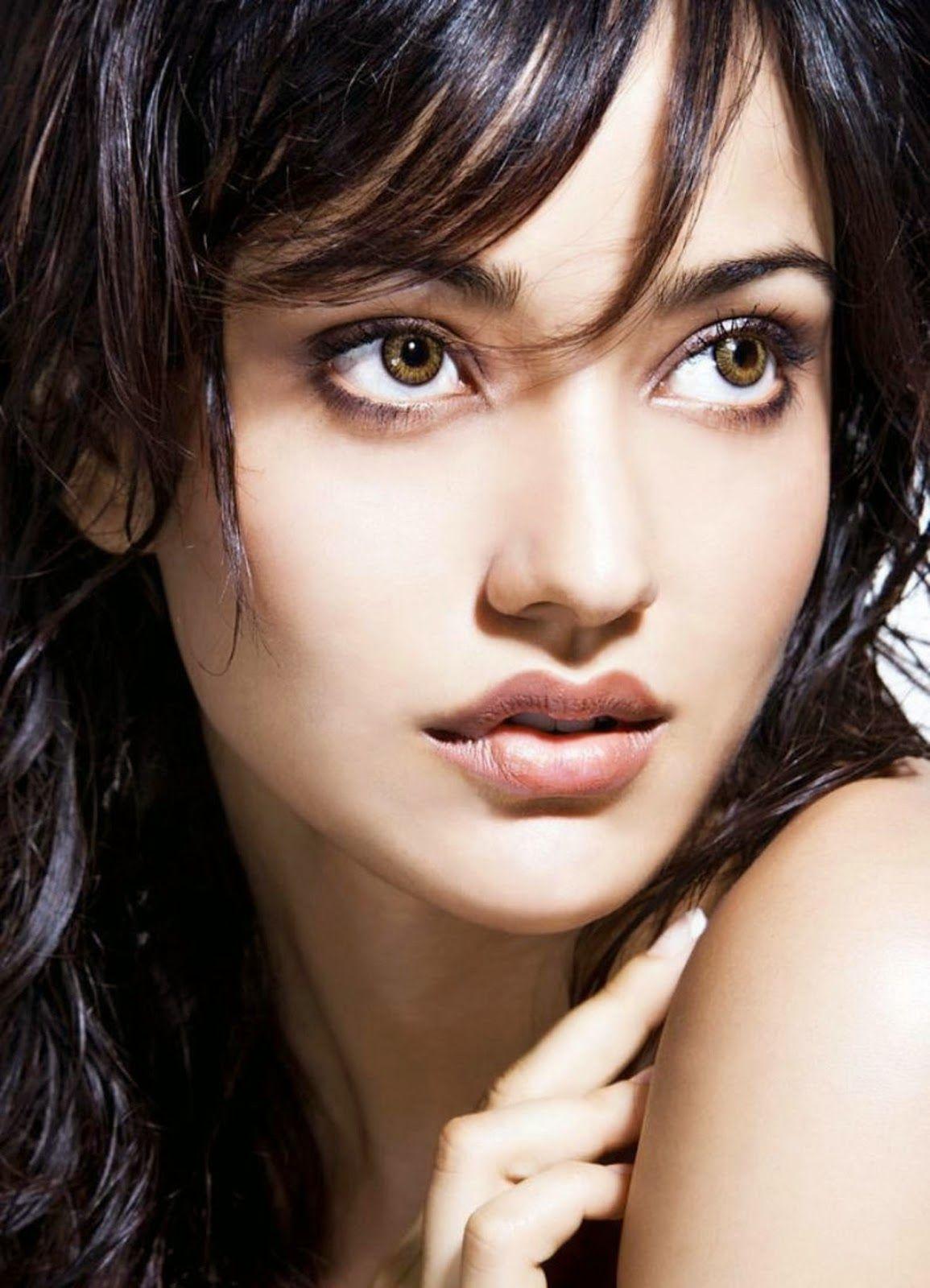 nice actress neha sharma hd wallpapers | movie news and celebrity
