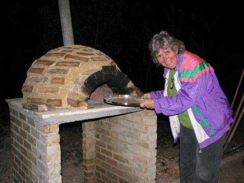 Forno de pizza da casa da montanha