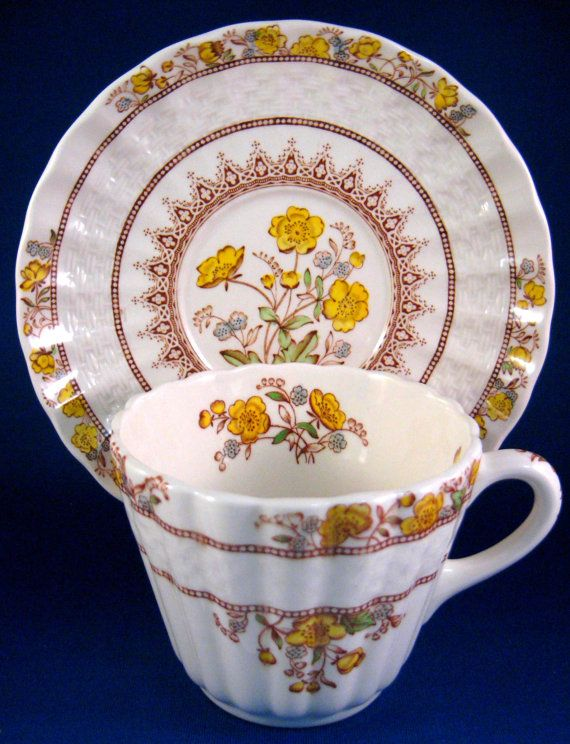 https://www.etsy.com/listing/228210651/cup-and-saucer-spode-buttercup-maroon?ref=shop_home_active_1