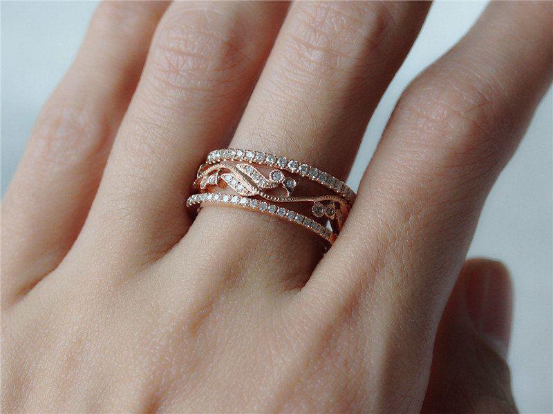 خاتم الخطوبة بالصور خواتم ودبل ومحابس للخطوبة فيس بوك ميكساتك Unique Rings Diamond Wedding Rings Wedding Rings Engagement