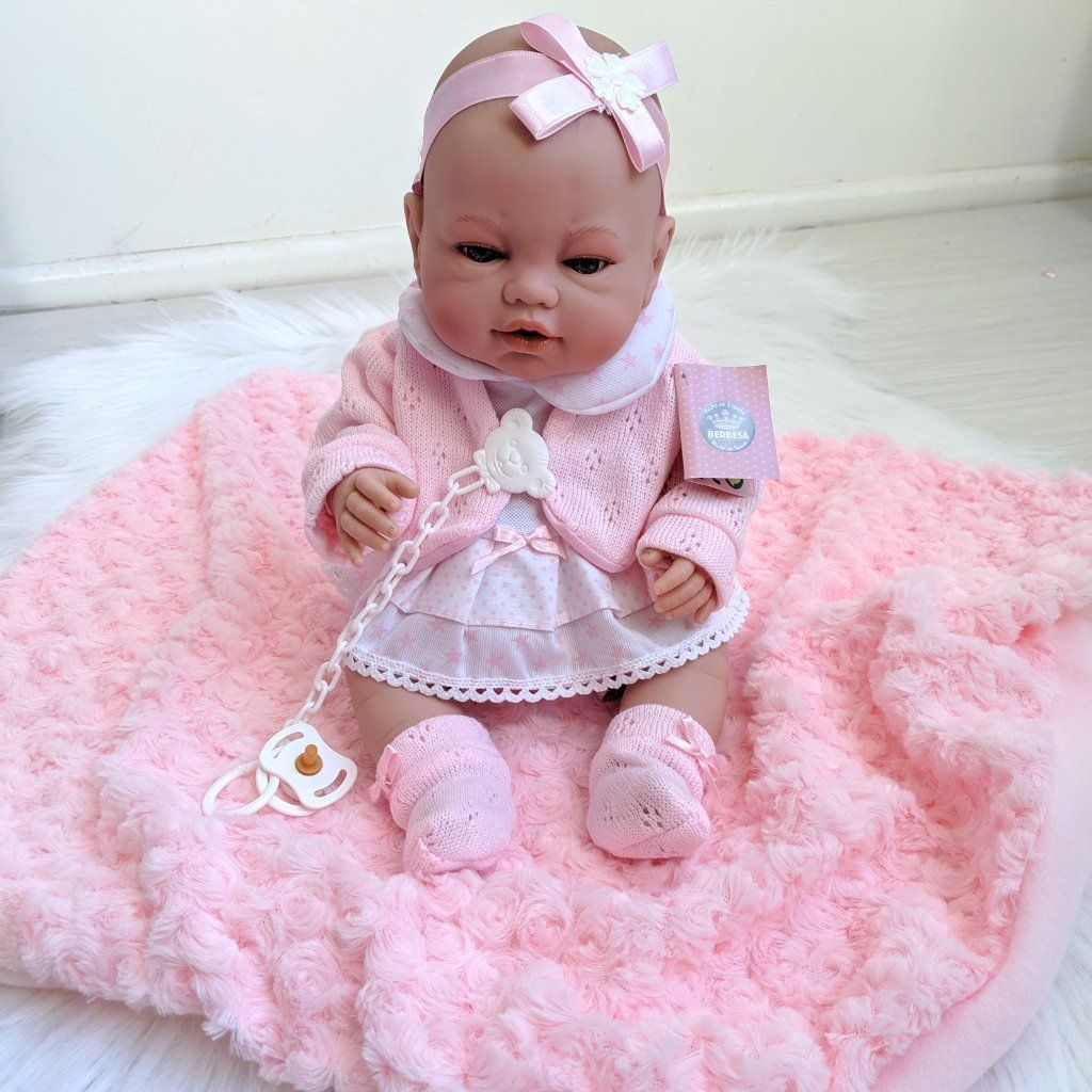 Berbesa Spanish Doll - Isabella #spanishdolls Our super cute Spanish Doll - Isabella - is looking for her forever home. At 42cm tall,she is the perfect keepsake. Comes with a faux fur blanket to keep her warm. Newly born with pink dress and blanket, it has a vinyl body and includes a collection case. Made in Spain. #spanishdolls Berbesa Spanish Doll - Isabella #spanishdolls Our super cute Spanish Doll - Isabella - is looking for her forever home. At 42cm tall,she is the perfect keepsake. Com #spanishdolls