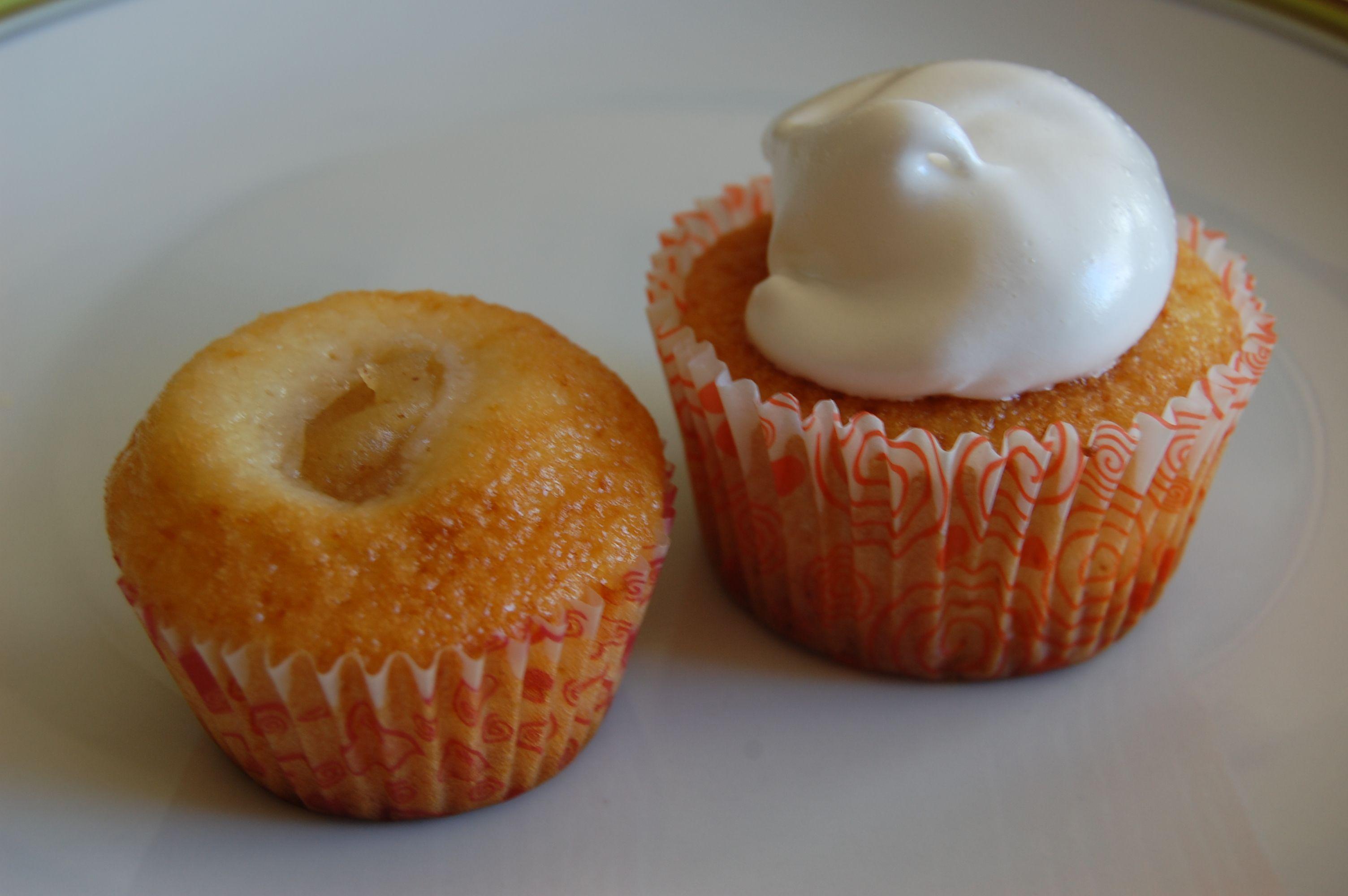 Cupcakes de sidra rellenos de puré de manzana