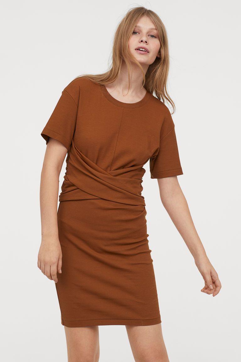 T Shirt Dress Ocher Ladies H M Us Women Clothes Sale T Shirt Dress Uk Boxy Dress [ 1152 x 768 Pixel ]