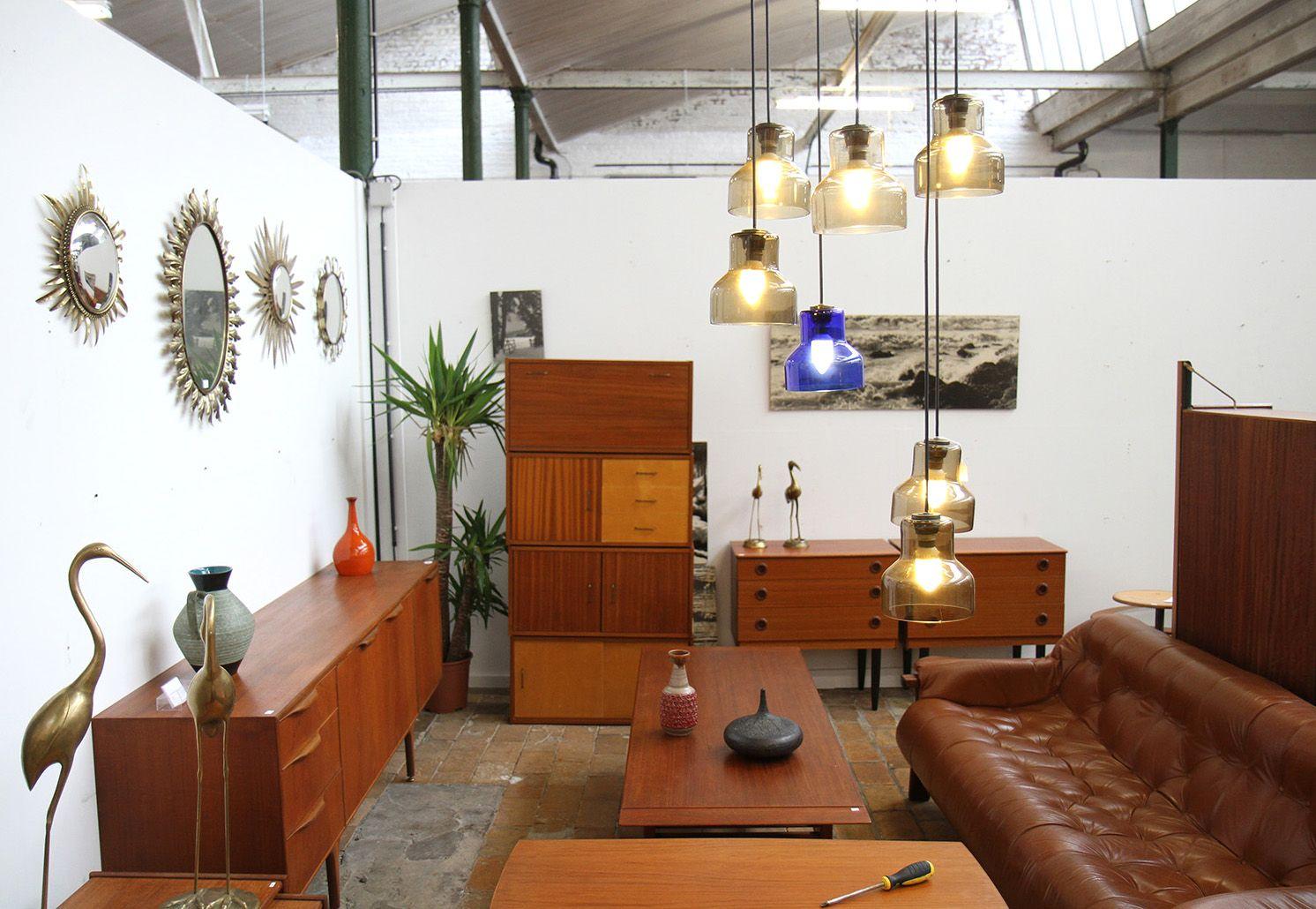 Depot 09 Le Paradis Du Design Vintage A Gand Vintage Design Design Et Decoration Maison