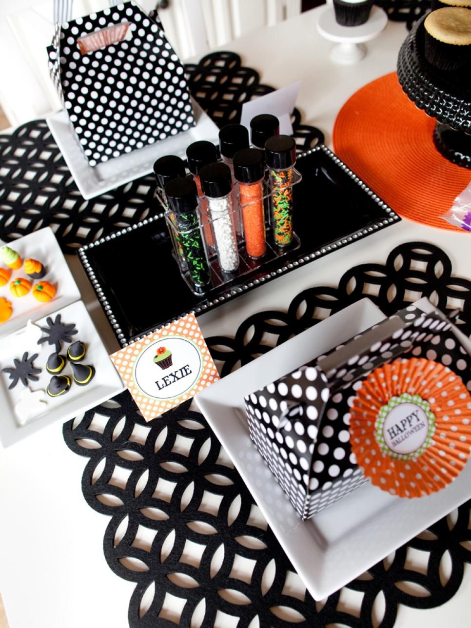 This not-scary theme is perfect for kids of all ages. Kids will love decorating…