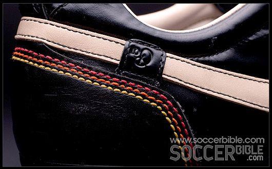 Cariñoso Moda encanto  Nike Tiempo Ronaldinho 10R - Football Boots Vault