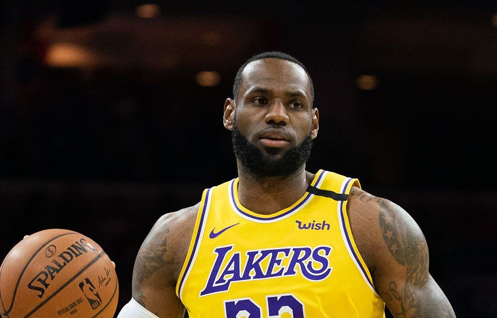 Watch Lebron James Pass Kobe Bryant On The Nba All Time Scoring List National Basketball Association News Http In 2020 Lebron James Nba News Children S Picture Books