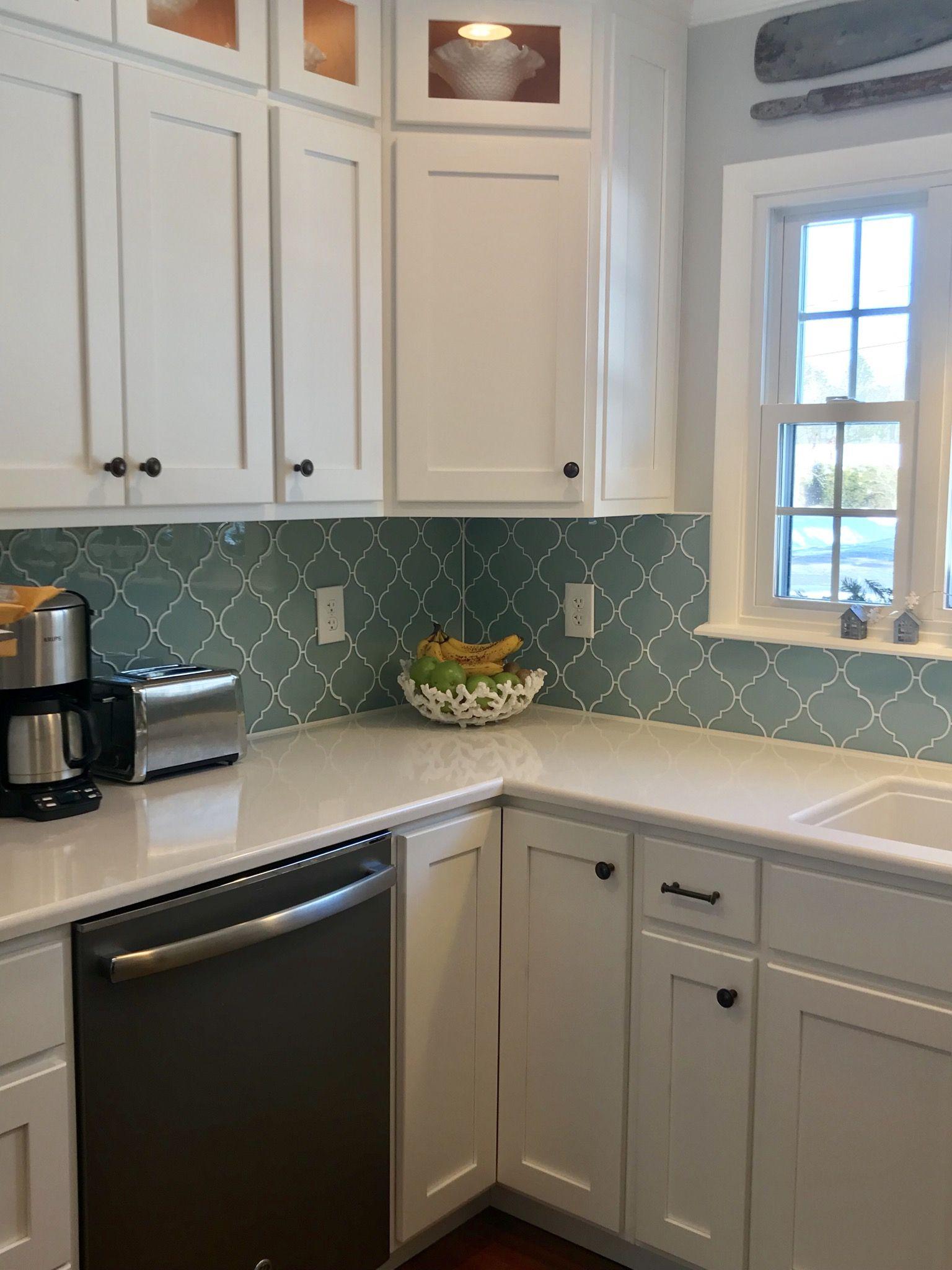 arabesque tile kitchen