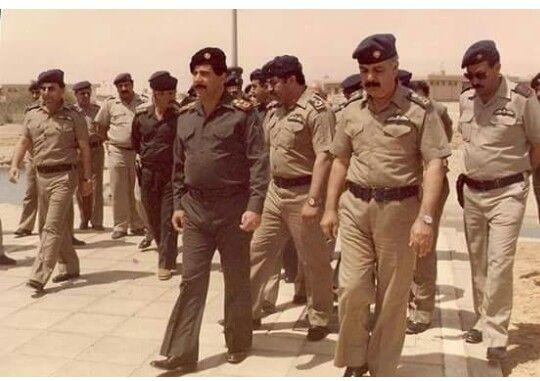 عدنان خيرالله في زياره الى جبهات القتال