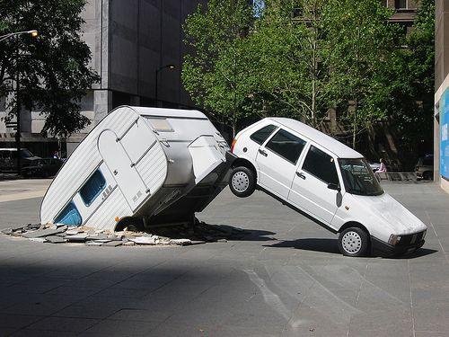 oops weirdest accidents 2 funonthenet weird pinterest voiture accident de voiture. Black Bedroom Furniture Sets. Home Design Ideas