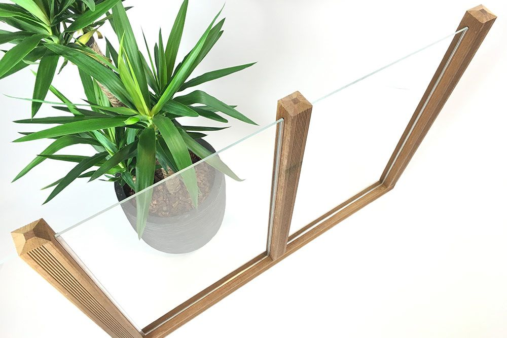 ein acrylglas bzw plexiglas windschutz macht ihre sitzecke im garten oder auf der terrasse. Black Bedroom Furniture Sets. Home Design Ideas