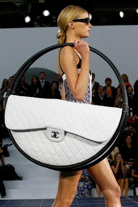 Chanel S/S '13--- hula hoop pool bag