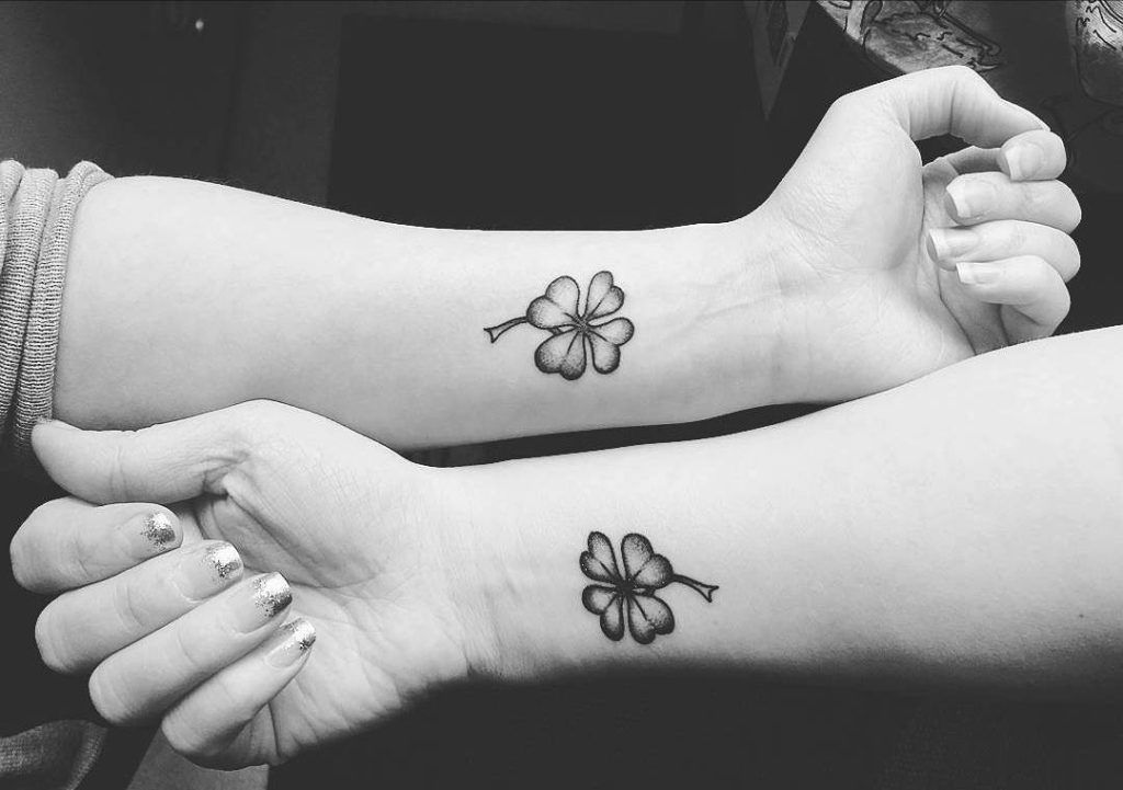 33+ Small & Meaningful Wrist Tattoo Ideas | Meaningful