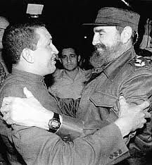 Hugo Chávez y Fidel Castro en la visita del líder bolivariano a La Habana en 1994, tras salir de prisión #87AñosFidel (Foto: Archivo)