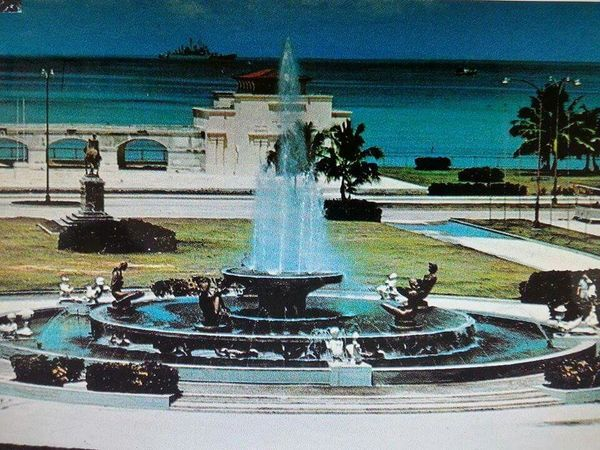 """Bicenteniaire """" Fontaine Lumineuse """" in Port-au- Prince"""