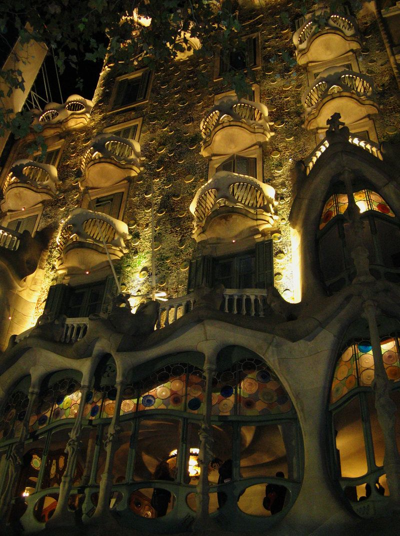 Casa Battlo by garota-da-ipanema.deviantart.com on @deviantART