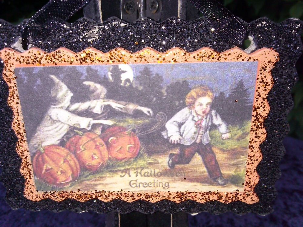 NEW HALLOWEEN VINTAGE LOOK HANGING DECORATION FROM THE WITCH CITY