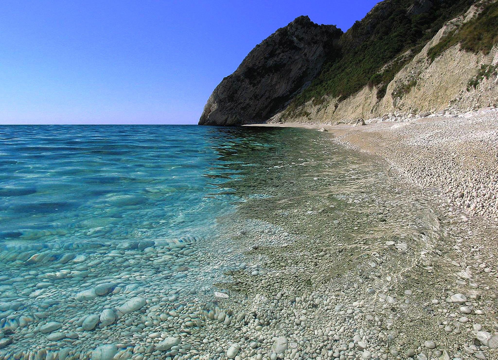 #sirolo #rivieradelconero #conero #italy #marche #tourism, riviera del conero  #beach  #mare #vacanze   photo@LuigiSimboli