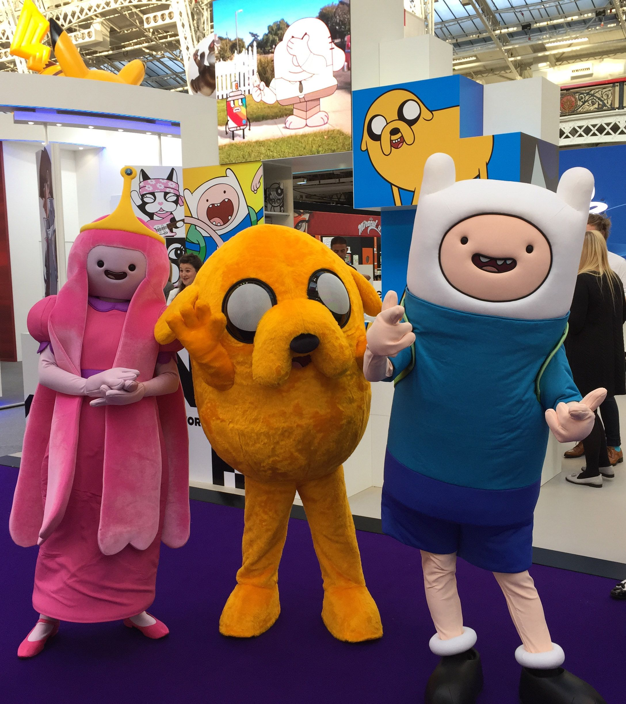 AdventureTime - Princess Bubblegum, Jake & Finn | mascot | Pinterest ...