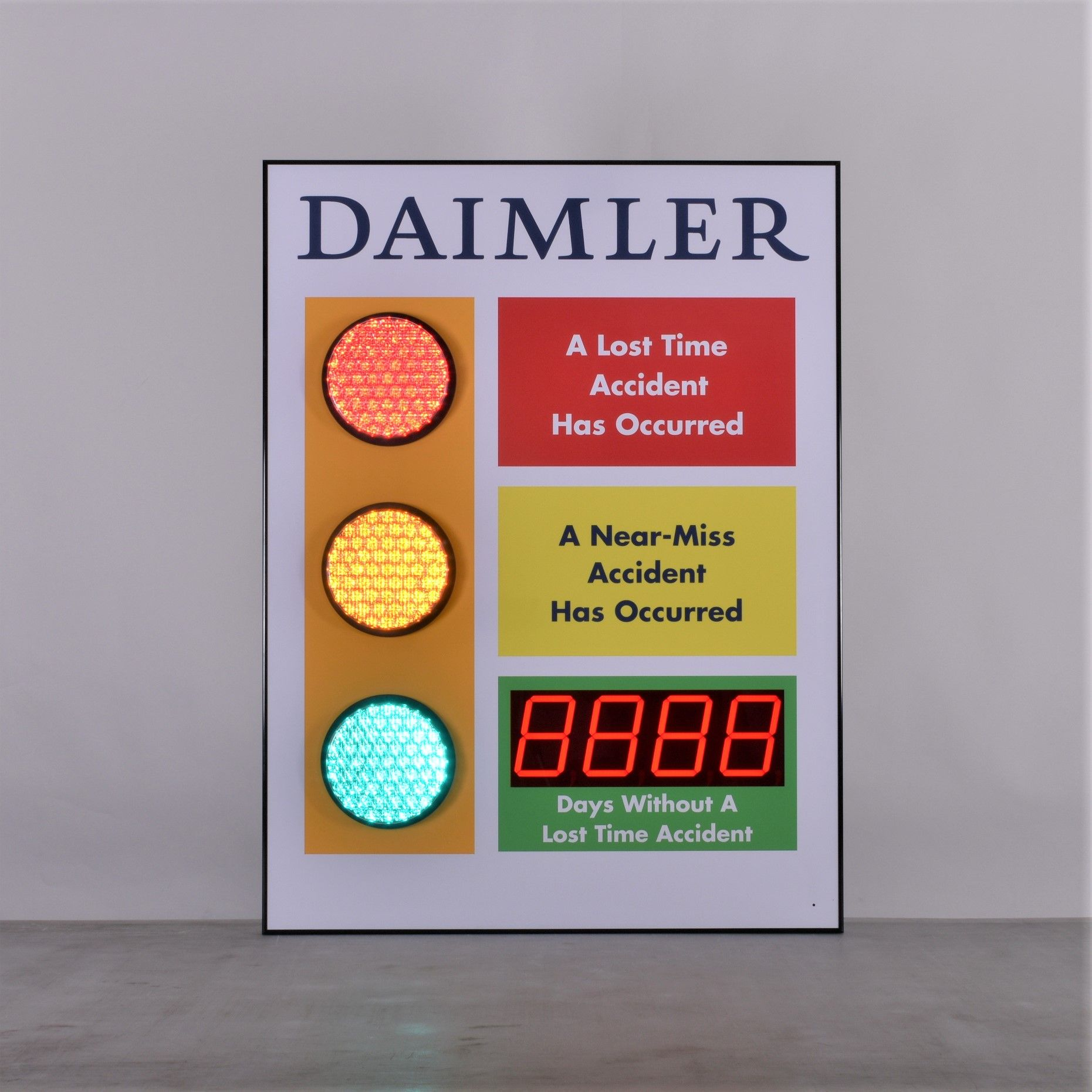 Stoplight Days Without Accident Signs with Large Display