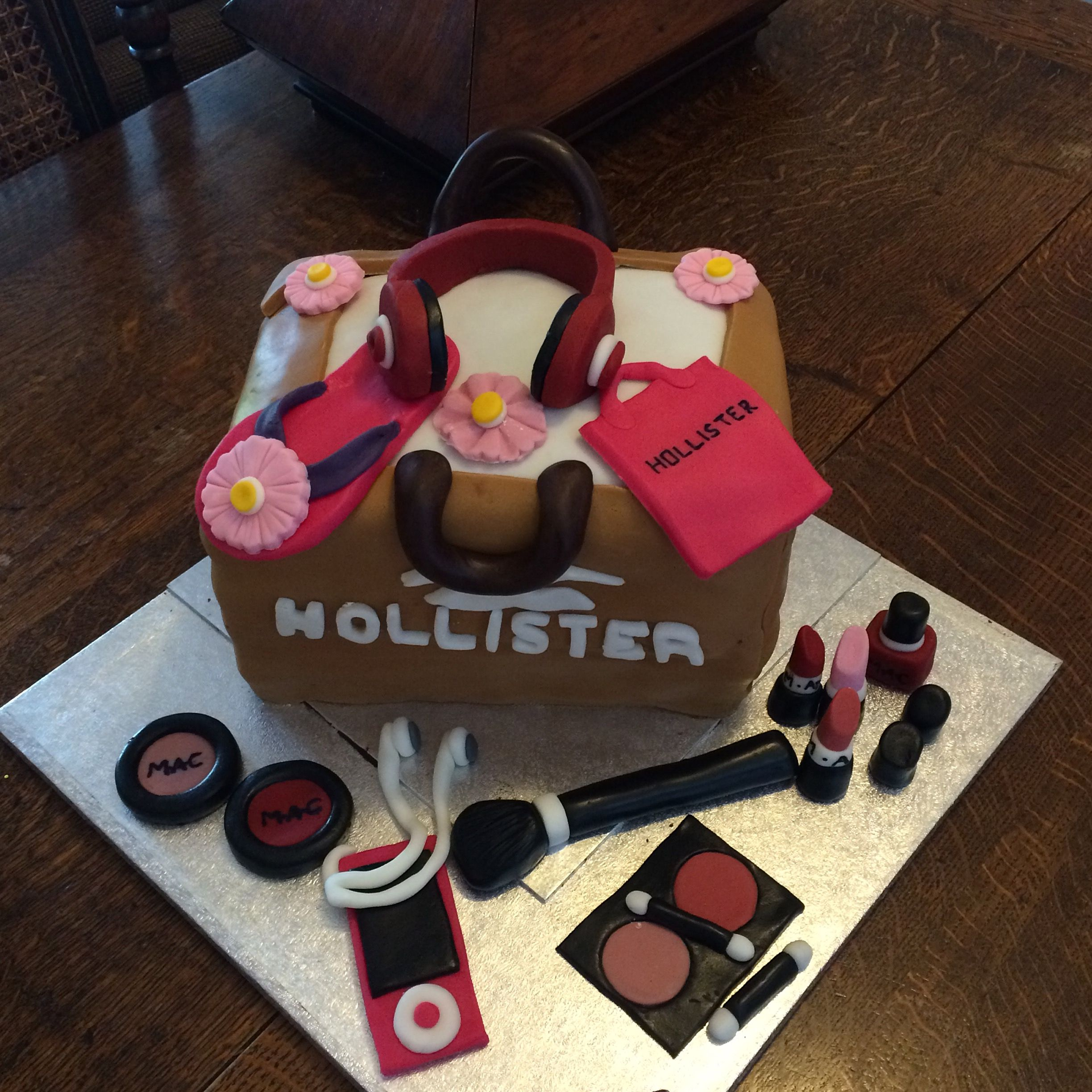 Hollister bag and Mac Makeup birthday cake (With images
