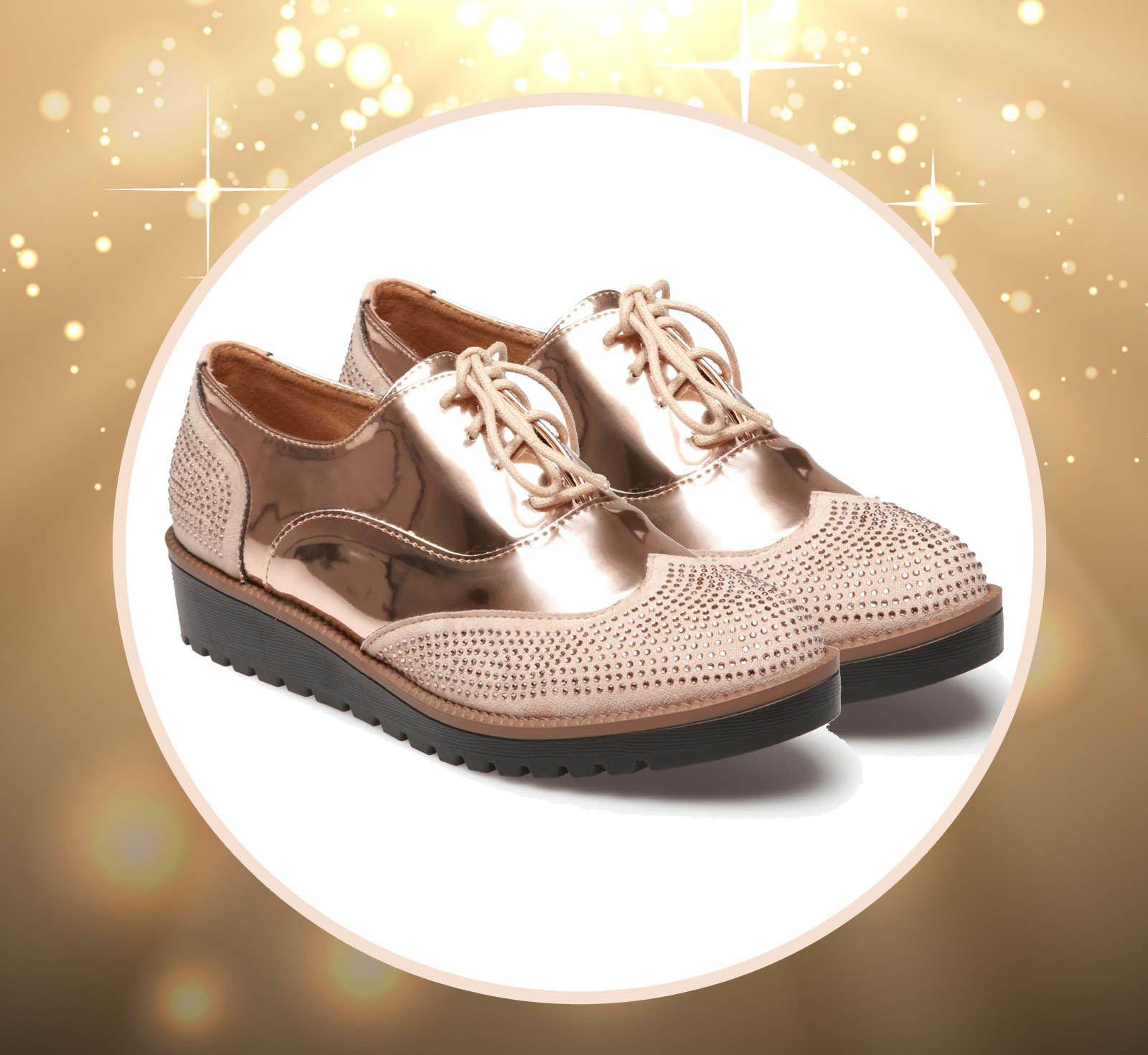 Des chaussures plates même en soirée   C est possible avec ces ... 0e8e2a4bad7f