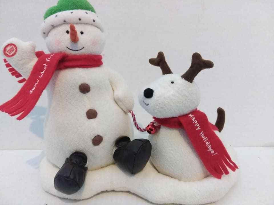 2004 Hallmark Jingle Pals Singing Snowman Dog Animated Musical To