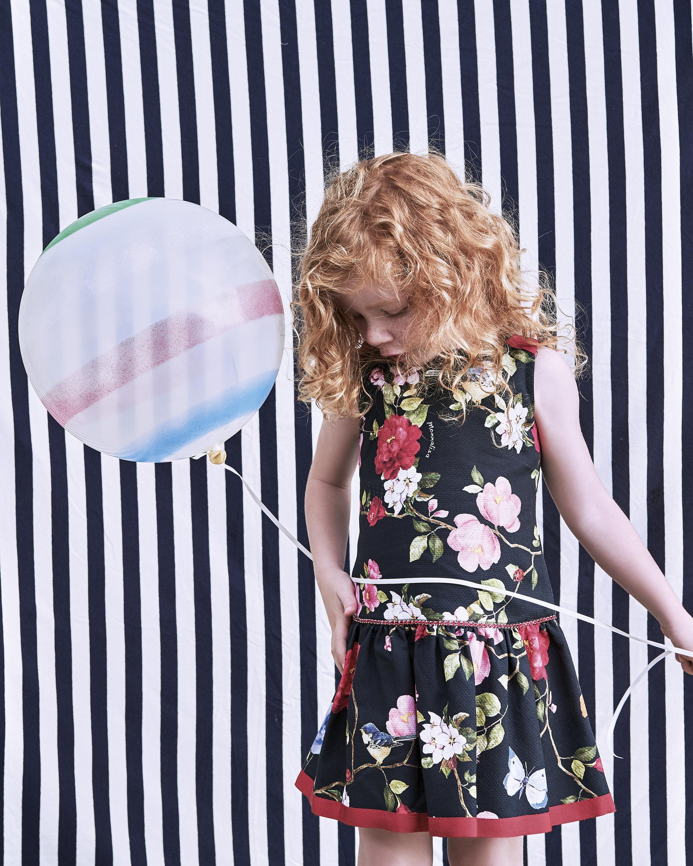 c93db2a81 MONNALISA Spring Summer 2017 #Monnalisa #fashion #kids #childrenswear  #newcollection #girl #style #summer #balloon #flowery #red #blue #flower  #garden ...