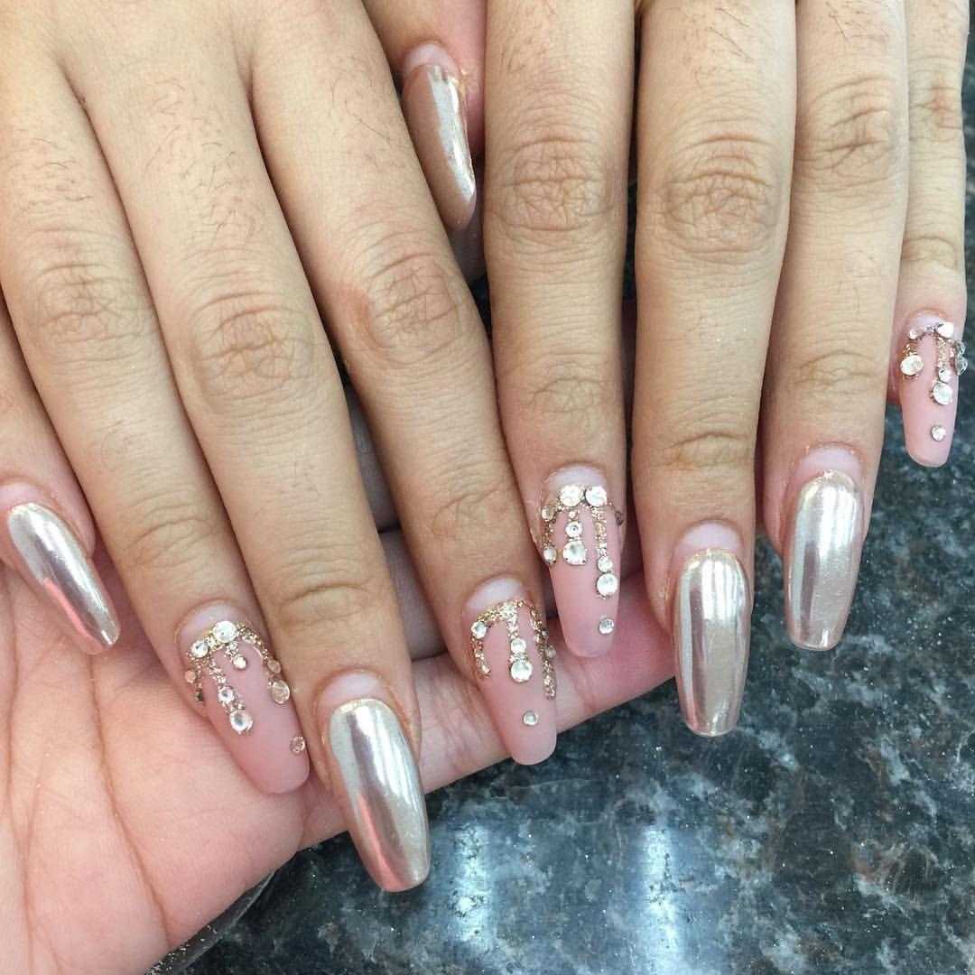 Me gusta  comentarios  Riyaus Nails Salon riyathai en