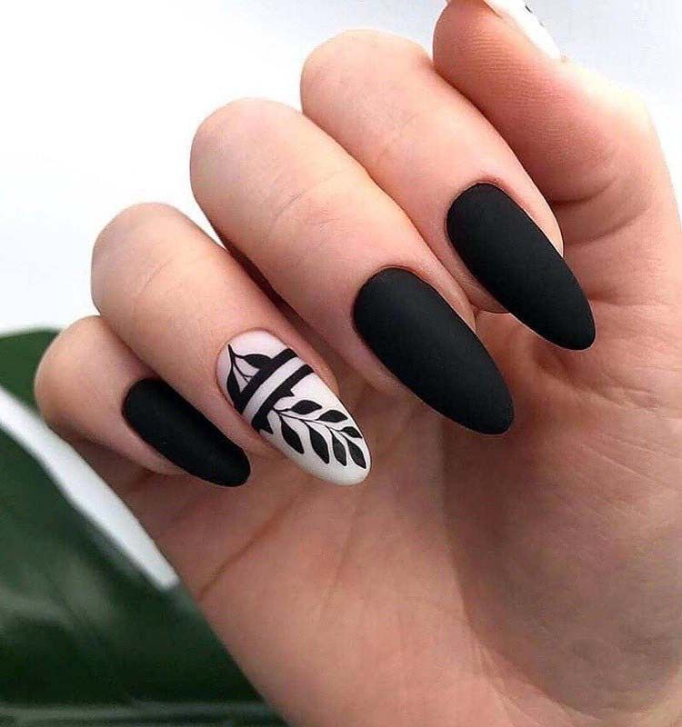 Black And White Nail Art For Winter 2019 Nail Art Almond Acrylic