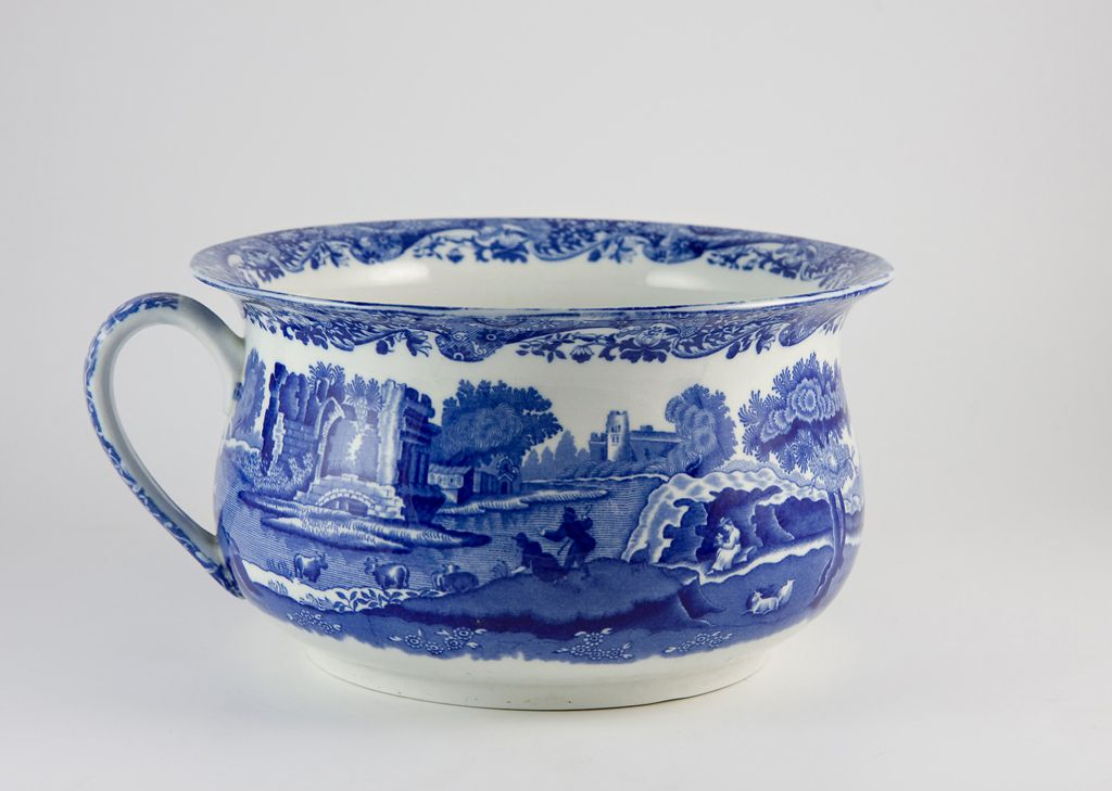 Dating a clay chamber pot