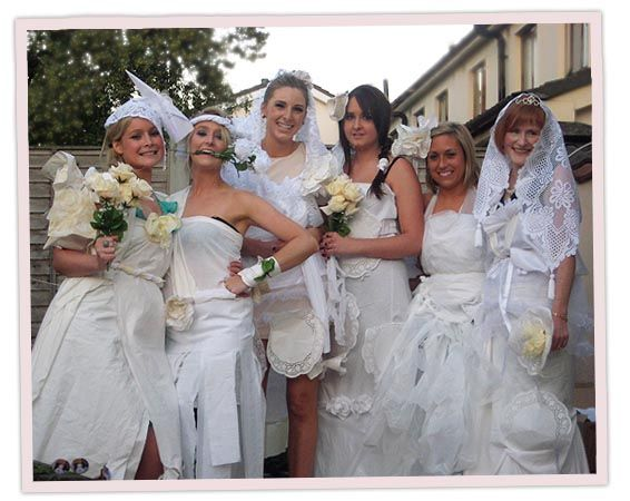 Pin By Comparestagandhen Com 4 Hens On Deco Bodas Toilet Paper Wedding Dress Wedding Dresses Games Hen Party