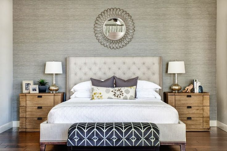 Why We Re Loving Wallpaper Grasscloth Bedroom Wallpaper