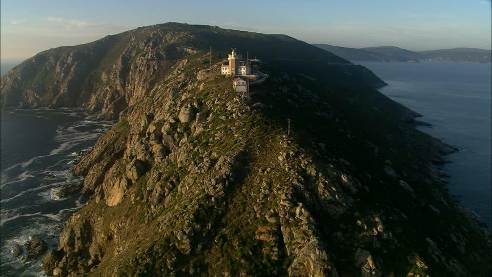 Faro y acantilado Cabo Finisterre España
