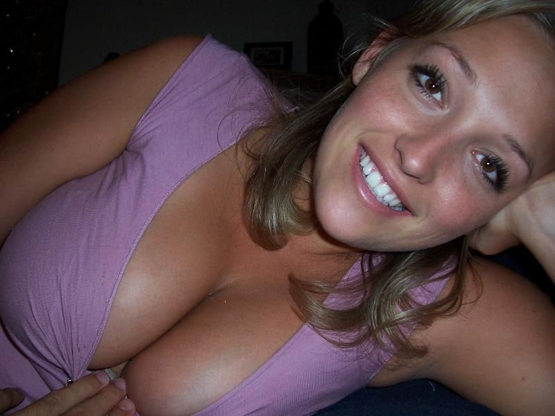 My Wifes Boobs Pics